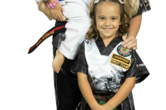 Middleburg-martial-arts-family